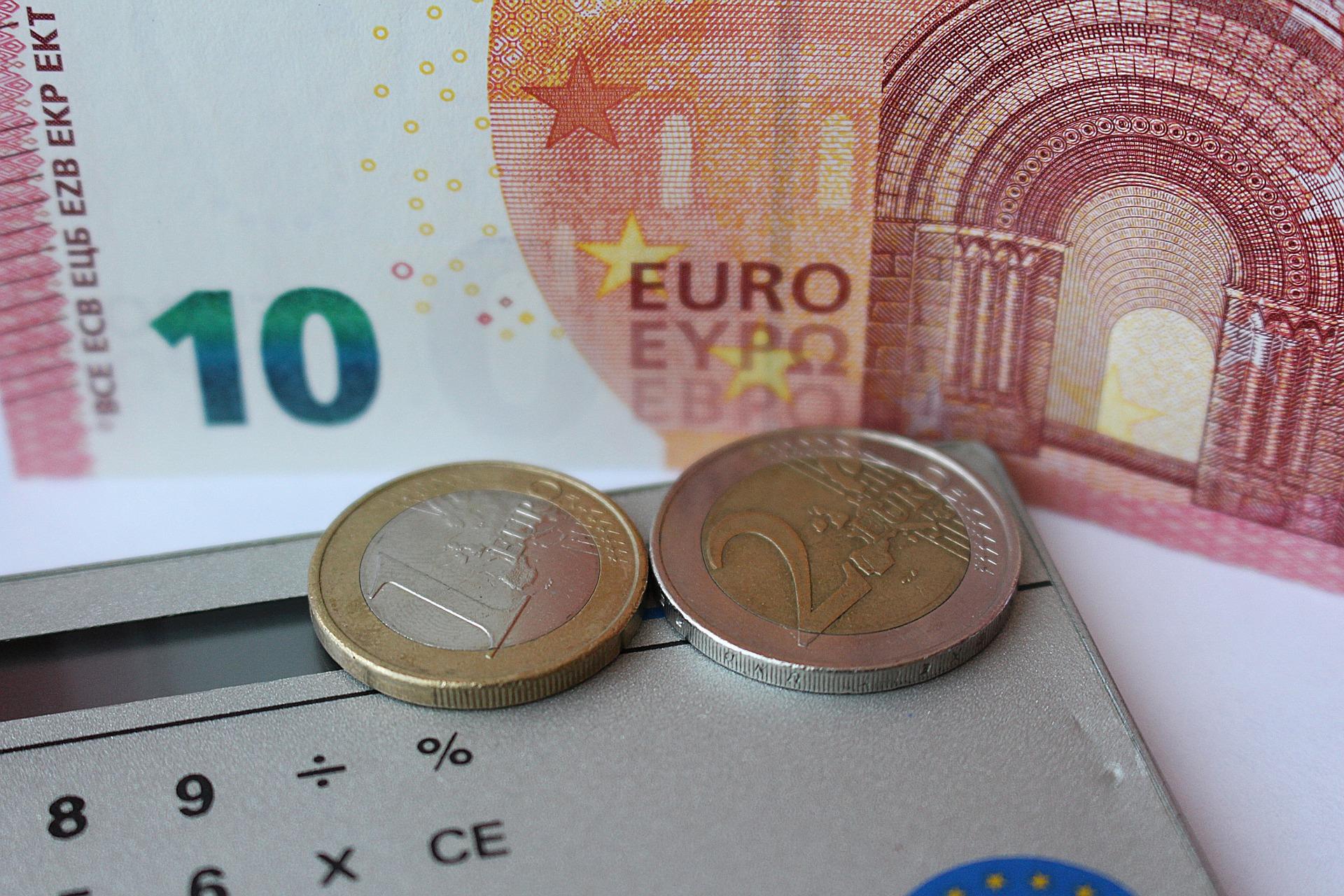 13€ und ein Taschenrechner