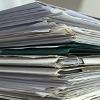 Großaufnahme von einem Dokumentenstapel